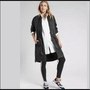 Athleta M Summit Primaloft Shell Black NWT jacket